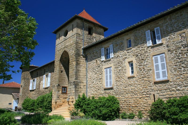Chateau de montseveroux